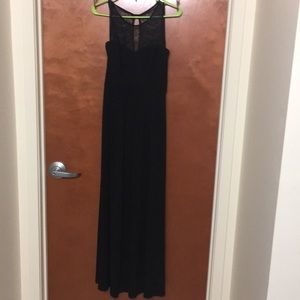 Calvin Klein Dresses - Calvin Klein black formal dress size 4
